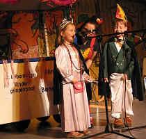 ENTENHAUSEN hat ein neues Königs- paar: Nina I. und Benedict I. haben im Leiberstunger Kinderfasching die Regentschaft übernommen.