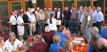 Zahlreiche befreundete Gesangvereine treten beim gemütlichen Beisammensein im Wendelinusdorf auf.