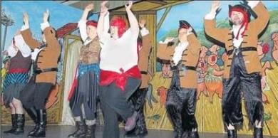 Mit dem Auftritt der MoDi-Tänzer der Außenwohngruppe der Lebenshilfe beginnt die närrische Veranstaltung.